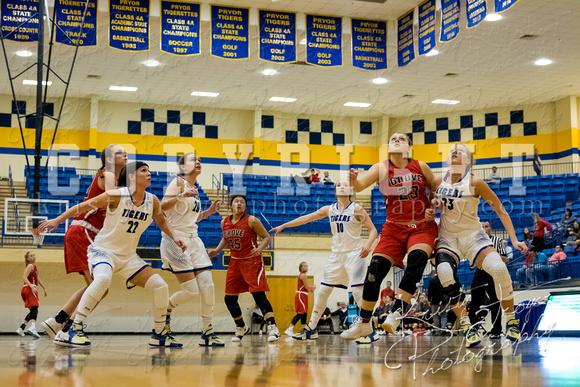 pryor_vs_grove_basketball-9882
